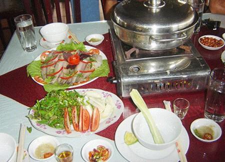 Lẩu cá khoai món ăn ngon và khác biệt
