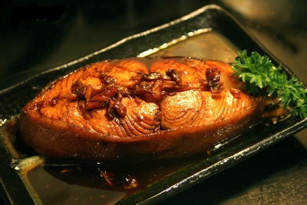 Món cá kho tương