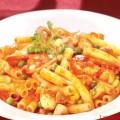 Thưởng thức nui xào mực ống cà chua