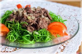 Nộm rau muống thịt bò ngon tuyệt.