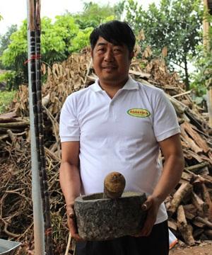 Anh Trần Huy Thắng (50 tuổi)