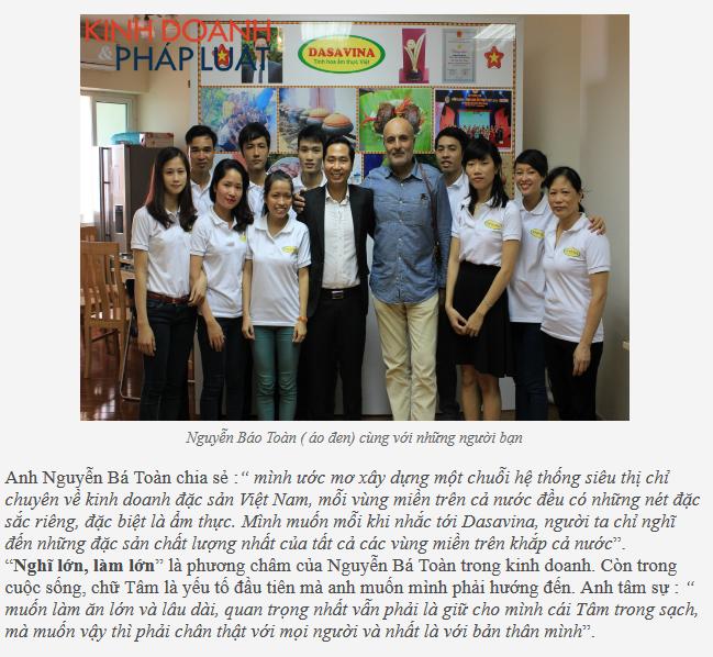 Bạn bè quốc tế ghé thăm công ty và cơ sở sản xuất cá kho của anh Toàn
