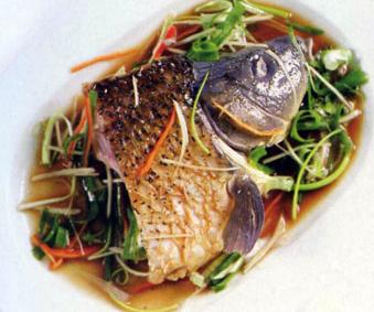 Cá chép hấp xì dầu - một trong những món ăn ngon từ cá chép không thể bỏ qua