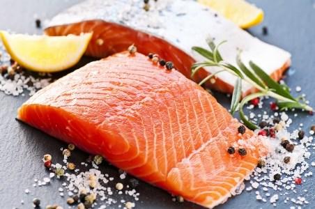 Dùng muối diêm để bảo quản cá tươi