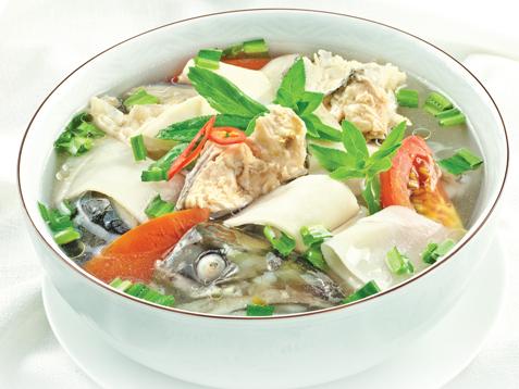 Canh chua cá hồi thơm ngon, hấp dẫn