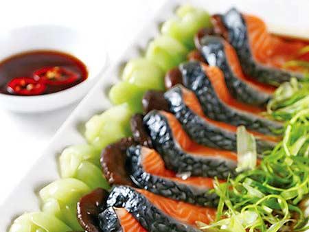 Cá hồi xào cải thìa tuyệt ngon