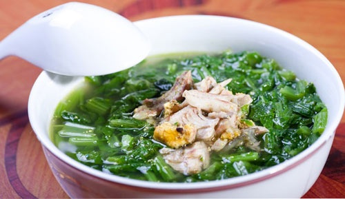Canh cá rô đồng nấu rau cải