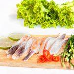 Tuyệt chiêu nấu canh chua vây cá hồi cực ngon