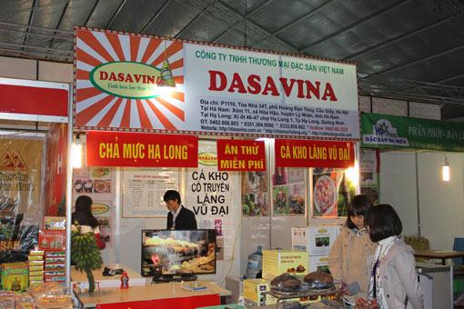 Gian hàng của DASAVINA được trang trí bắt mắt