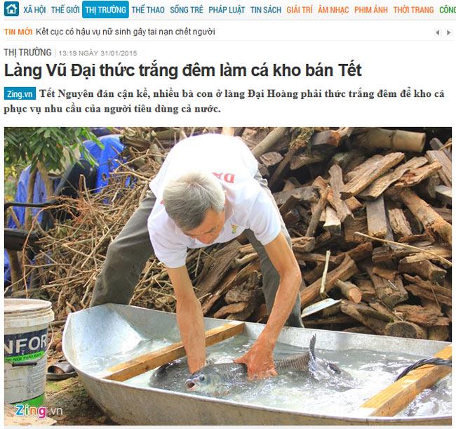 Nghệ nhân Trần Bá Sản tuyển chọn và sơ chế cá trắm đen đạt tiêu chuẩn của công ty Đặc Sản Việt Nam