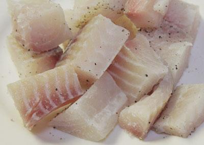 thịt cá cờ