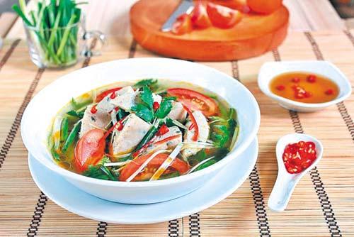 Canh cá thát lát ngon ngọt bổ dưỡngCanh cá thát lát ngon ngọt bổ dưỡng