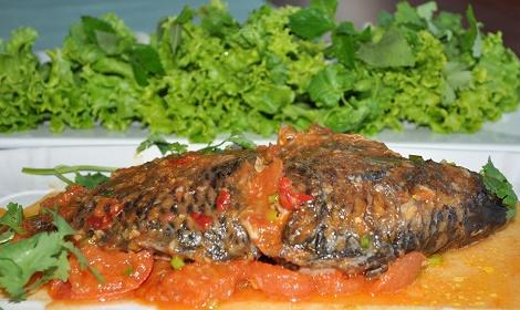 Cá rô phi hấp chua ngọt ngon cơm hấp dẫn
