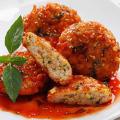 Ngon cơm với chả cá sốt cà chua hấp dẫn